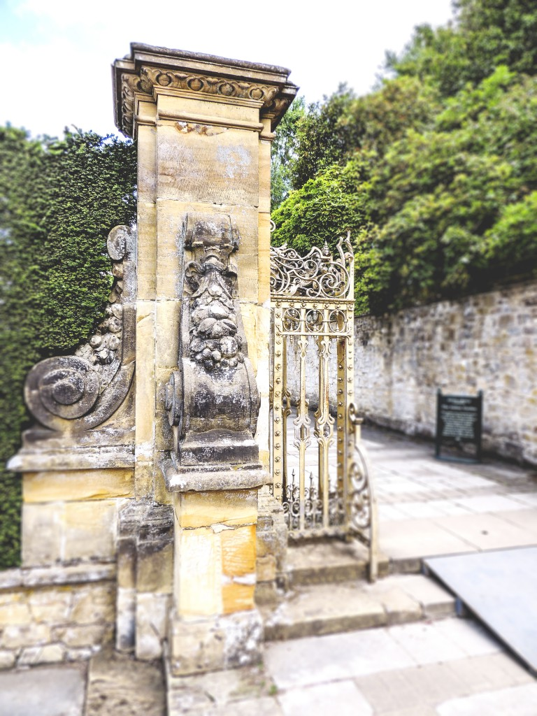 The entrance to the Italian Garden